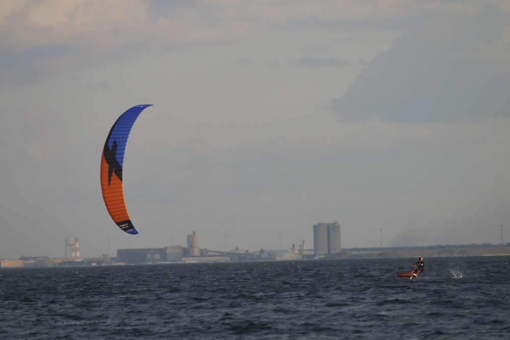 used hooked sup for sale Elite watersports offers beginner kiteboarding lessons for tampa bay and st petersburg florida kiteboarding is best in st petersburg.